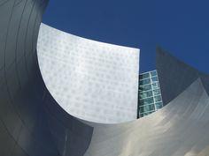 Walt Disney Concert Hall / Los Angeles /  Inauguration Octobre 2003 / Architecte Frank Gerhy