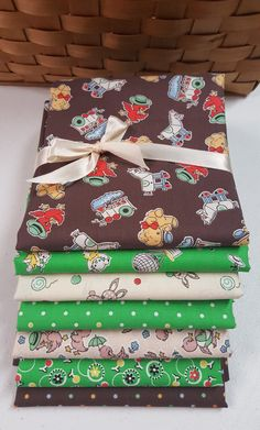 100/% Cotton Fabric Signature Classics Oakhurst FQ Fat Quarter Pre-washed