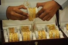 Trade Bizz: Demand for gold, realty still subdued despite meltdown in equities market