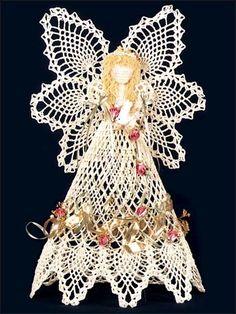 Heavenly Pineapple Angel pattern by Jo Ann Maxwell - Her Crochet Crochet Tree, Crochet Angels, Crochet Christmas Ornaments, Holiday Crochet, Crochet Snowflakes, Christmas Angels, Crochet Crafts, Crochet Projects, Christmas Patterns