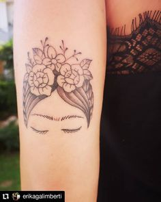 "Frida Kahlo Tattoo on Instagram: ""#Repost @erikagalimberti • • • • • • ""Todavía veo #horizontes donde tú dibujas fronteras"" 💪💘🌺🌹🌵🍉🎨 #fridainspired #FridaKahlo #fridatattoo…"" Frida Tattoo, Frida Kahlo Tattoos, Mini Tattoos, New Tattoos, Tatoos, Feminist Tattoo, Instagram Repost, Piercing, Body Art"