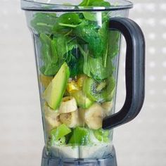 Best Blenders For Green Smoothies 2020 - Hildy Akid Smoothie Blender, Smoothie Diet, Fruit Smoothies, Smoothie Recipes, Healthy Diet Recipes, Healthy Life, Healthy Eating, Helathy Food, Smothie
