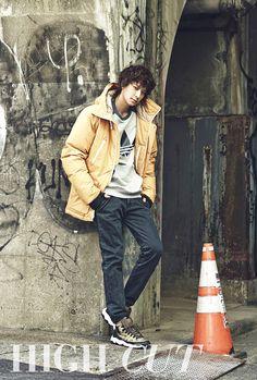 Kang Dong-won 강동원 (born 18 January 1981) is a South Korean actor. #Fashion #Model #Men