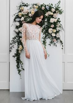 TARREN by Louvienne | SS17 | Long sleeves effortless wedding gown available at Lovely Bride