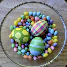 Make these fun Dyed Easter Eggs with stickers and tape!