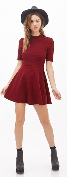 Style tips for women with small busts — Forever 21 mock neck dress