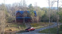 Blue Mountain lodge #vacation #cabin in the #SmokyMountains - sunny February day #private #familyvacation #logcabin #gatlinburg #pigeonforge