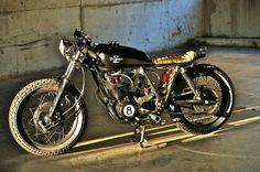 'Juggernaut' Yamaha SR 400 by Drifter Bikes