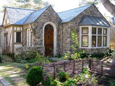 Beautiful Carmel home - California ROCKS! (Well...um...except for the government.)