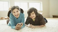 School-appropriate songs you can totally let your kids listen to on repeat Pop Songs For Kids, Music For Kids, Kids Songs, Good Music, School Appropriate Songs, School Songs, School Stuff, Singing Lessons Online, Singing Tips