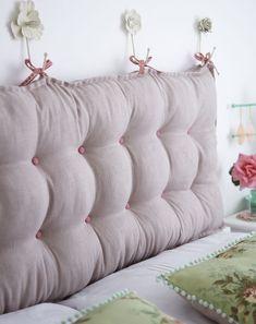 Изголовье кровати в современном дизайне это элемент украшения не только кроватей, но и всей обстановки комнаты в целом