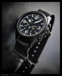 Sinn UTC Casual Watches, Cool Watches, Watches For Men, Zulu, Sinn Watch, Oris Aquis, Tactical Watch, Vintage Rolex, Beautiful Watches