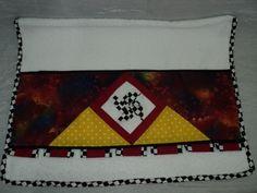 Set de Baño de MOLINO DE VIENTO. TOALLA DECORADA. Diseño Original de Amarilis Cisneros de Herrera. +58/414-3419580 Valencia - Venezuela.