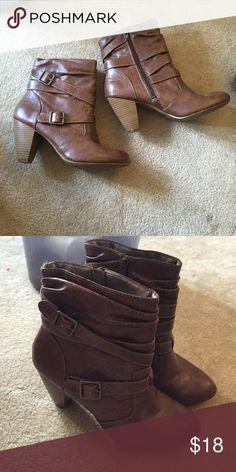 ⚡️SALE⚡️Brown ankle boots Worn once! Mudd Shoes Heeled Boots