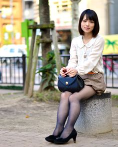 Pin by 陳 煥捷 on Ol in 2019 Sexy Outfits, Casual Outfits, Tights Outfit, Fashion Tights, Stockings Legs, Girls In Leggings, Nice Legs, Office Ladies, Black Tights