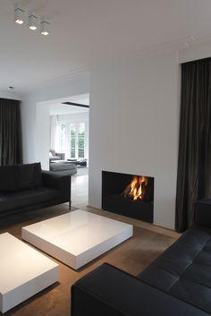 Black, white and square: minimalist but still warmth.
