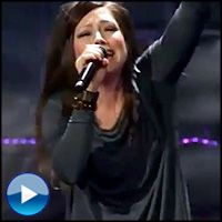 Kari Jobe Sings Chill-Inducing Performance of - Music Video The Revelation Song at Passion 2013 Music Tv, Art Music, Kari Jobe Revelation Song, My Heart Is Heavy, Soul Songs, Then Sings My Soul, Music Is My Escape, Praise Songs, Gospel Music