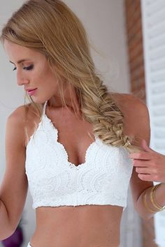 Lace Solid Color Sleeveless Tank Top