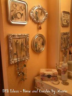 DIY Ideas - Home and Garden by Maria: Decoupage - Ντεκουπάζ - Μεταμόρφωση Ξύλινου Επίπλου Σε Κρεβατοκάμαρα. Decoupage, Candle Sconces, Wall Lights, Home And Garden, Candles, Diy, Home Decor, Appliques, Decoration Home