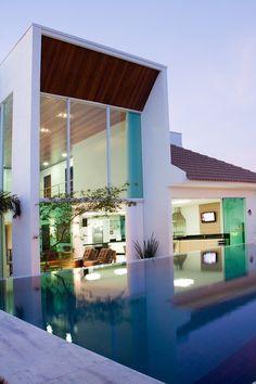 JQ House by Aguirre Arquitetura