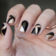 #nails #chic #black #gold