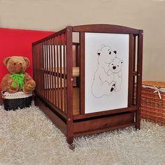 Patul+din+lemn+Bear+este+vopsit+cu+vopsea+pe+baza+de+apa+conform+regulilor+Europene+pentru+a+fi+sigur+pentru+copii.++++++Patut+din+lemn+de+pin+cu+sertar+detasabil,++pentru+copii+de+la+0+luni+–... Best Changing Table, Baby Cribs, Modern, Furniture, Tables, Design, Home Decor, Clothes, Mesas