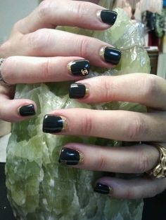 Chanel Nail Art #CoCo #nails #black #glitter #reverseFrench #masterworks #gel