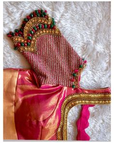 Wedding Saree Blouse Designs, Pattu Saree Blouse Designs, Blouse Designs Silk, Designer Blouse Patterns, Hand Work Blouse Design, Simple Blouse Designs, Stylish Blouse Design, Simple Embroidery Designs, Aari Embroidery
