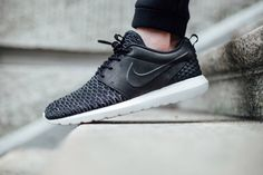06b28d60fcca Nike Roshe One Extends Flyknit Collection