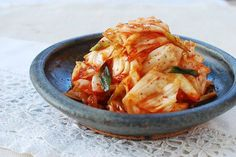 very good, simple kimchi with green cabbage!