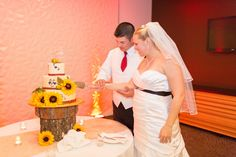 What a beautiful cake! #PGAweddings Brian + Aileen Photo By Thompson Photography Group