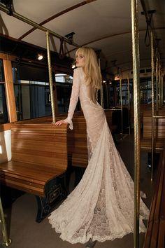 Νυφικα Inbal Dror  See more on Love4Weddings  http://www.love4weddings.gr/inbal-dror-wedding-dresses/