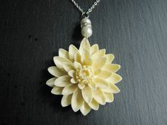 Wedding NecklaceIvory Pearl NecklaceIvory Flower by RachelleD