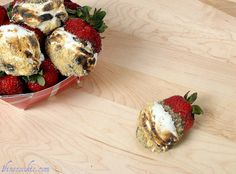 Toasted S'more Stuffed Strawberries,  see the recipe here: http://www.1finecookie.com/2011/06/toasted-smore-stuffed-strawberries-i-love-america-with-a-gluten-free-option/                               #strawberries #4th #july #summer #independence #day #stuffed #filled #s'more #beach #smore #marshmallow #graham #cracker #chocolate #camping #food #cooking #recipe #ideas #party #baking #yum #delicious #nom #eat #picnic