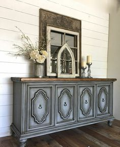 Diy distress look,  we have chaulk paint, wax and poly. Great way to revamp an old piece.   #furniture #diy #distress #chaulkpaint #trending #trend #new #design #interiordesign #fun #ideas #refinish #californiapaint #exeterpaint #epping #seabrook #nh #shoplocal