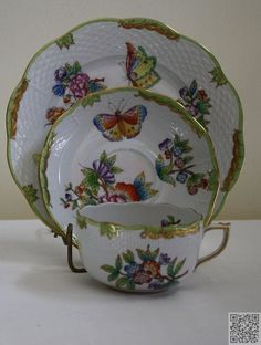 15. #Fluttering Butterflies - 28 Sets of Fine China to #Serve Your Fancy #Meals on ... → Food #China