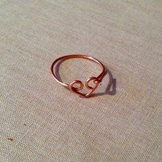 Free Tutorial - Simple Wire Heart Ring: Lisa Yang's Jewelry Blog #simplewirerings #wireringsideas