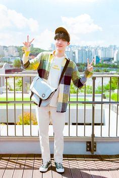 Taehyung, Namjoon, Jung Hoseok, J Hope Tumblr, Rapper, Bts Season Greeting, Jhope Cute, Bts Face, Bts J Hope