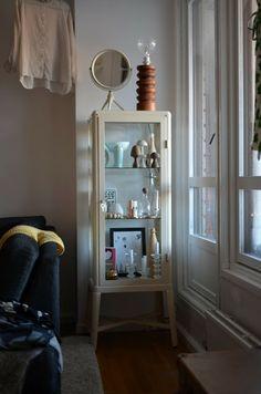 Wine cabinet manufacturer of IKEA Country Interior Design, Apartment Interior Design, Interior Design Living Room, Living Room Decor, Interior Decorating, Hacks Ikea, Ikea Home, Interior Concept, Modern Interior Design
