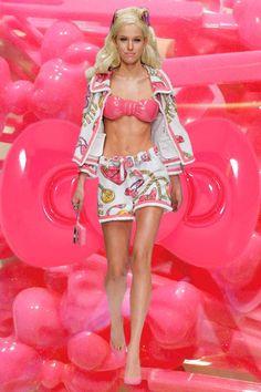 Moschino SS15 – see more MFW GIFs here: http://www.dazeddigital.com/fashion/article/21861/1/milan-ss15-gifs