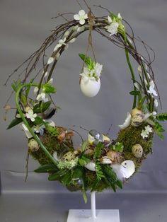 Grape Vines, Easter Eggs, Flower Arrangements, Seasons, Spring, Floral, Handmade, Crafts, Diy
