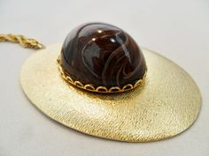 Vintage STUNNING Marbled Lucite Pendant Necklace by KathiJanes