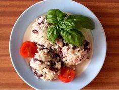 Pikantní fazolový pekáček - | Prostřeno.cz Oatmeal, Meat, Chicken, Breakfast, Food, Meal, Eten, Meals, Buffalo Chicken