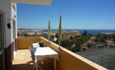 Salema Beach- Beautiful 2 bedroom Apartment with Sea Views