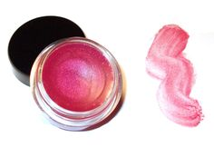 Shimmering lip gloss-How to make