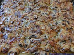 "Zwiebelfleisch – reloaded (Version für Feiern) give and cook for another 3 – 4 minutes. ""Crumble"" the cheese slices with your fingers and add to the sauce with the crème fraîche. Scones Ingredients, Party Buffet, Rabbit Food, Vegan Butter, Pampered Chef, Party Snacks, Pork Recipes, Creme, Curry"