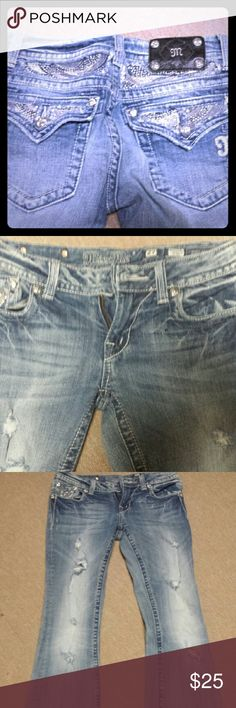 Buckle Miss Me size 27 Jeans Gently worn Buckle jeans Buckle Jeans Straight Leg