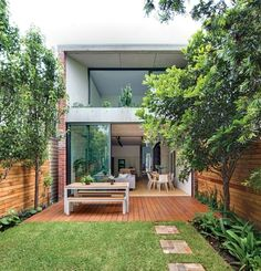The Design Files - A House Revived From The Photo – Murray Fredericks. Modern Small House Design, Simple House Design, Future House, Design Exterior, Narrow House, Terraced House, Dream House Exterior, Simple House Exterior, The Design Files