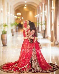 68 Super ideas for bridal photography pakistani Indian Wedding Poses, Indian Wedding Photography Poses, Pakistani Wedding Outfits, Pakistani Wedding Dresses, New Wedding Dresses, Bridal Dresses, Pakistani Bridal, Photography Ideas, Indian Wedding Pictures