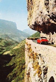 Citroën DS dans les gorges de la Bourne  Vercors